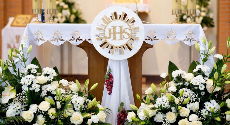 Pierwsza Komunia Święta w parafii. 3 maja 2021.